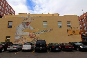 cowboy-mural-denver-colorado