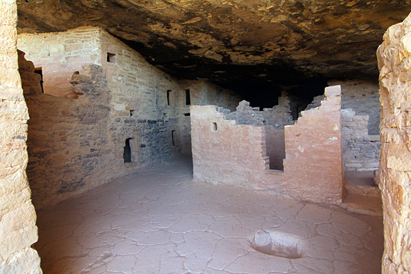 christian single men in mesa verde national park Mesa verde offers a spectacular array of ancient cliff dwellings hidden beneath the sheltered alcoves of the steep canyon walls which rise from the mancos river in the high plateau country.