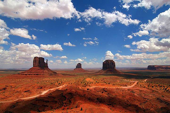 lookout-point-monument-valley