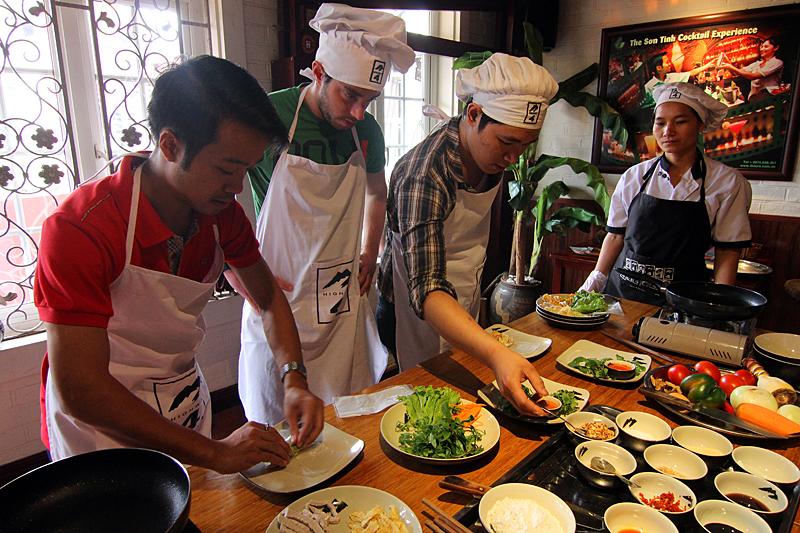 cooking-class-highway-4-restaurant-hanoi