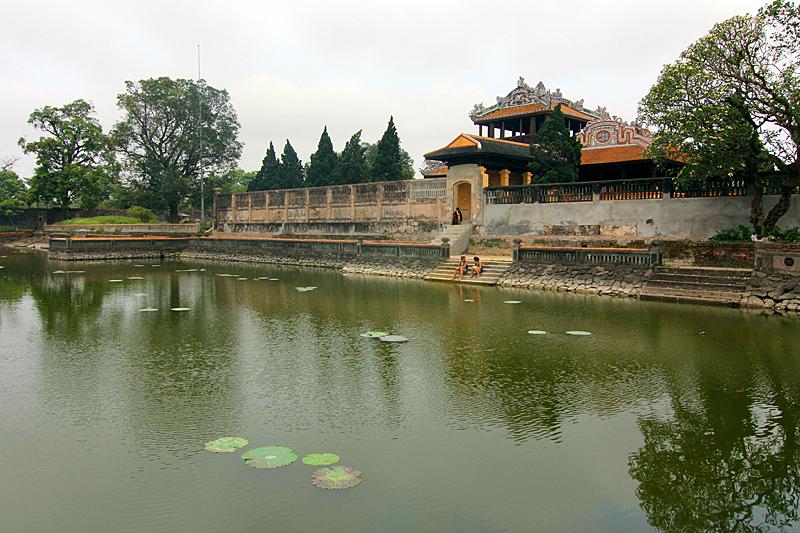 hue-vietnam-purpurne-stadt