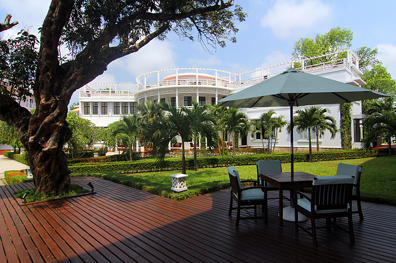 hue-vietnam-la-residence-hotelbar
