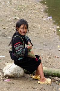 black-hmong-maedchen