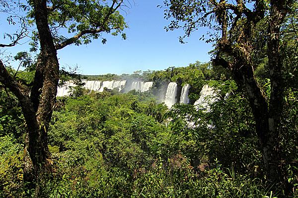 iguazu-falls-argentinien