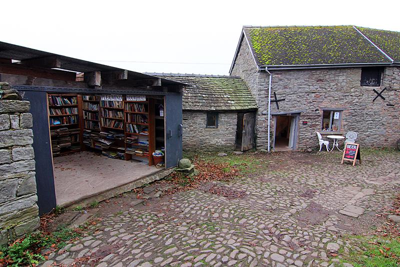 hay-castle-books
