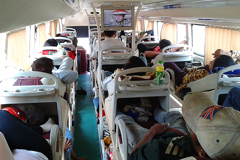 sleeper-bus-vietnam