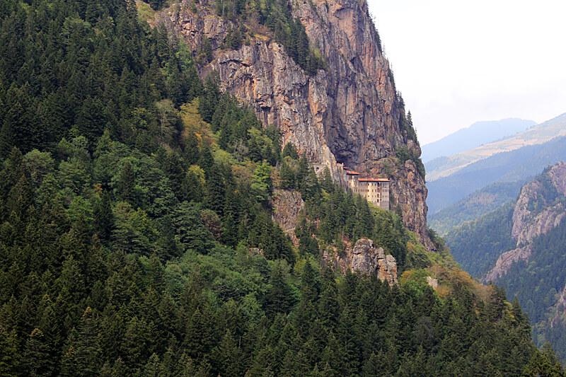 Hangendes-Kloster-von-Sumelas-Turkei