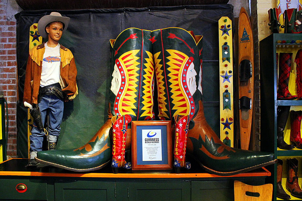 worlds-biggest-boots-rocketbuster