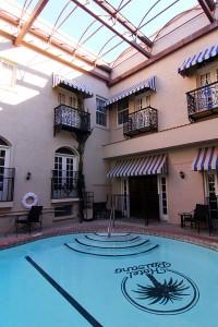 pool-el-paisano-hotel-marfa