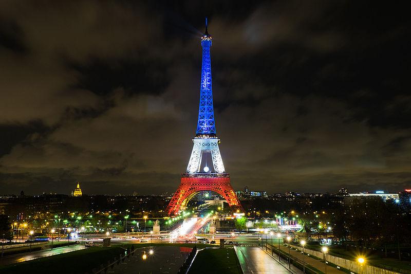 typisch-französisch-eiffelturm