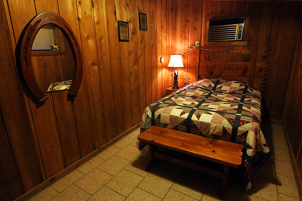 mayan-dude-ranch-schlafzimmer