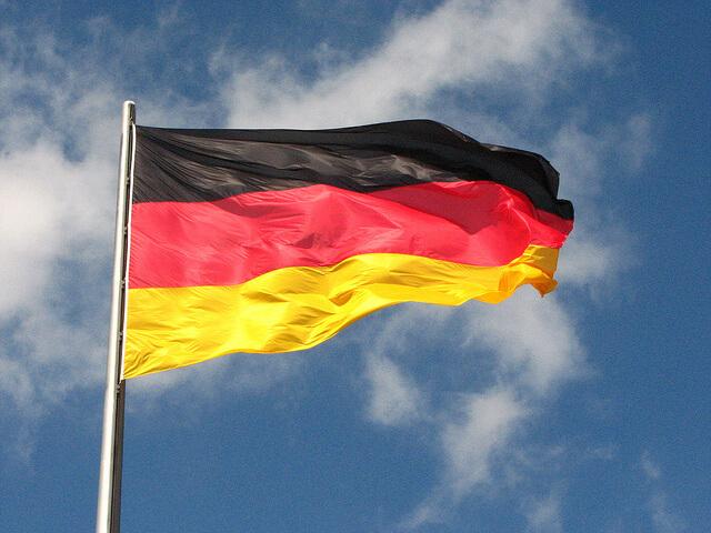 typisch-deutschland-fahne