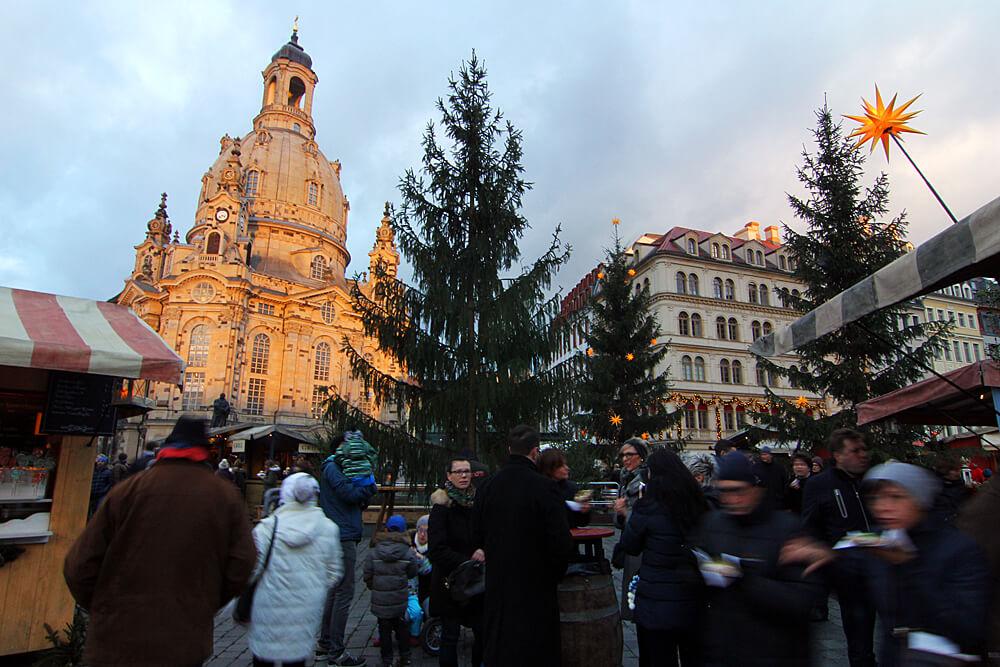 advent-auf-dem-neumarkt-weihnachtsmarkt-dresden