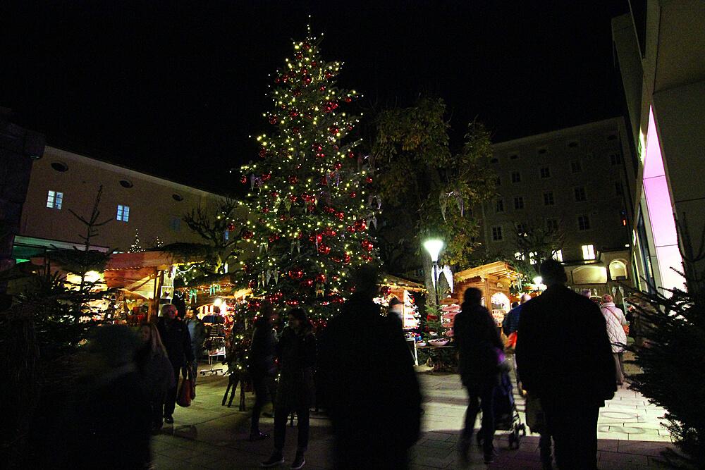 sternadvent-weihnachtsmarkt-salzburg