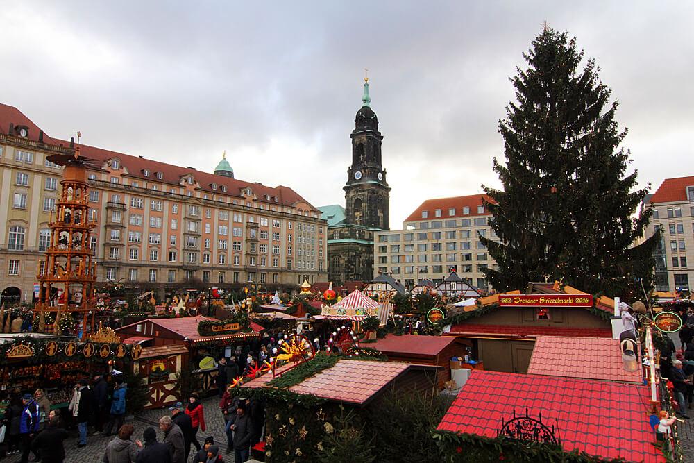 weihnachtsmarkt-dresden-striezelmarkt