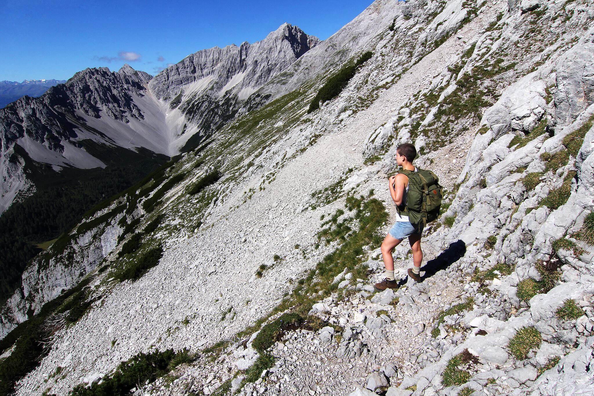 huttenwandern-hall-wattens-tirol
