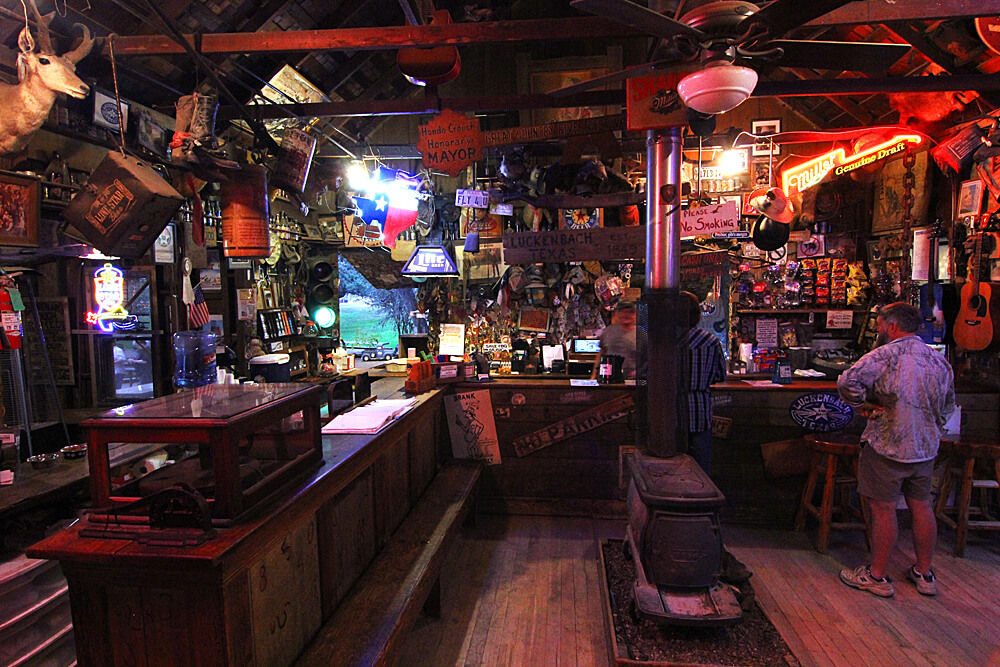 luckenbach-general-store-hill-country-texas