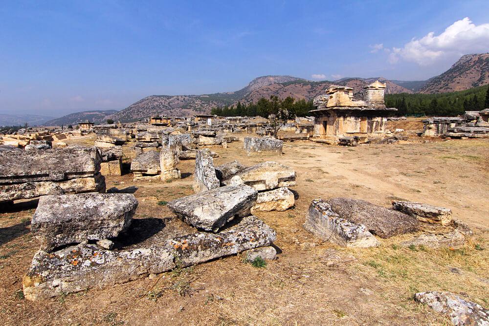 nekropolis-pamukkale-türkei