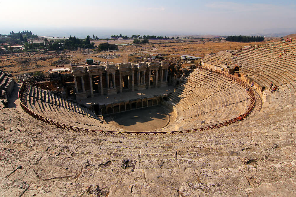 theater-hierapolis-pamukkale-türkei
