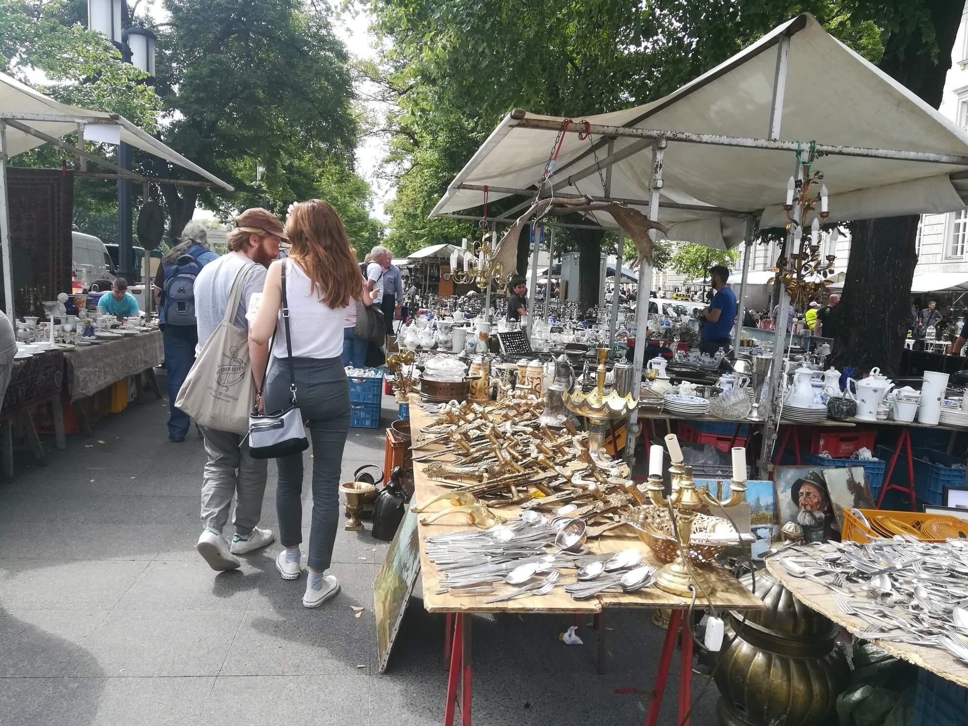 sommer berlin antikmarkt tiergarten