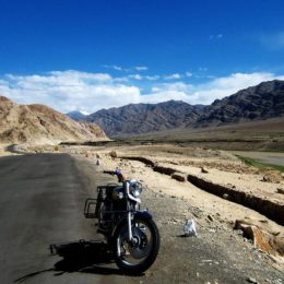motorrad touren im himalaya gebirge